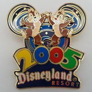 Disney Chip n Dale 2005 Celebration Pin